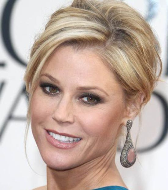 Julie Bowen's Blonde Hair In Formal Chignon Updo Hairdo