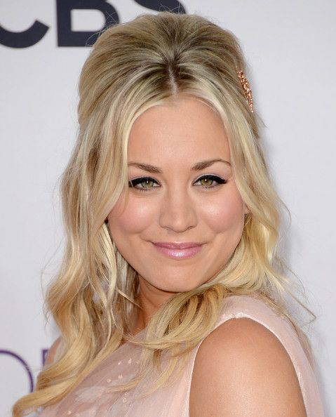 Kaley Cuoco's Blonde Hair In Half-Up Bouffant Hairdo