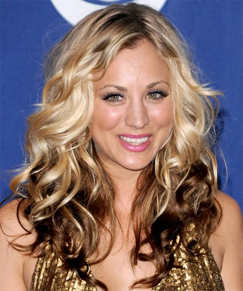 Kaley Cuoco Long Blonde Hair In Long Voluminous Curly Formal Hairstyle