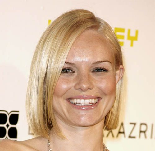 Kate Bosworth's Straight Blonde Hair In Short Sleek Bob Hairstyle