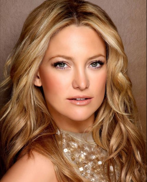 Kate Hudson's Blonde Hair In Long Loose Wavy Hairstyle