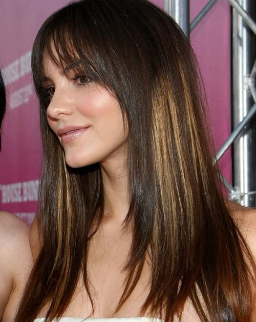 Katharine McPhees Long Straight Ombre Hair With Bangs