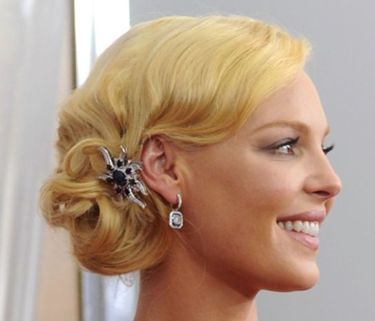 Katherine Heigl's Blonde Hair In Formal Side Chignon Hairdo
