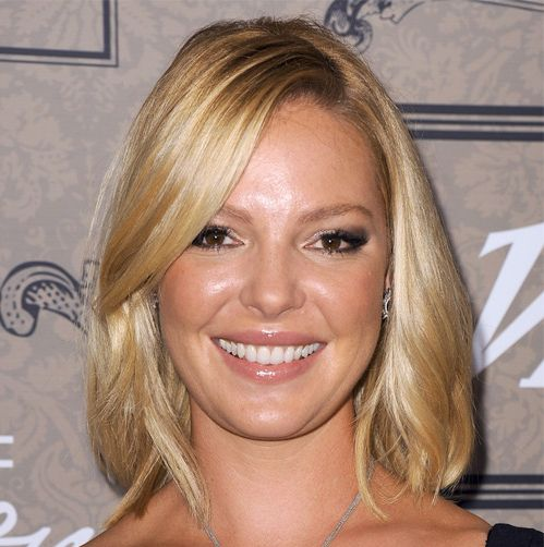 Katherine Heigl's Blonde Hair In Medium Straight Casual Hairstyle
