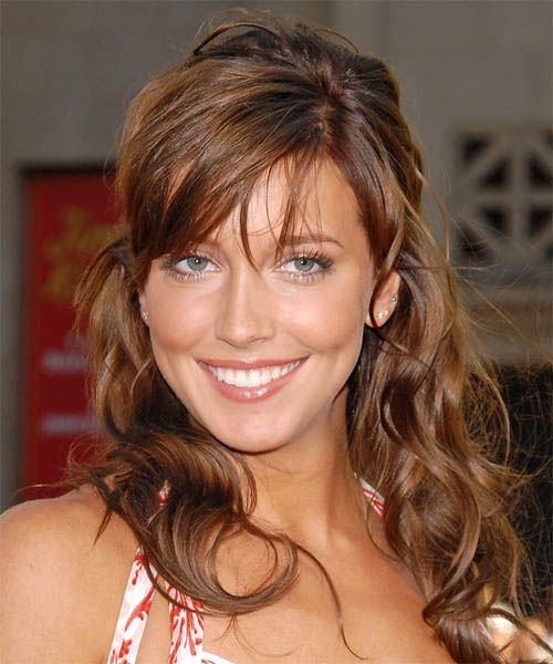 Katie Cassidy's Brown Hair In Sexy Half-Up Hairdo
