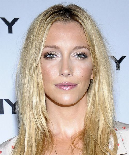 Katie Cassidy's Long Beachy Blonde Hair In Casual Sexy Hairstyle
