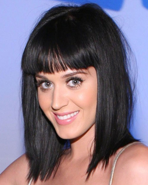 Katy Perry's Black Hair In Medium Straight Choppy Hairstyle