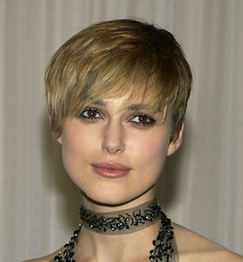 Keira Knightley's Short Blonde Cropped Chic Hairstyle