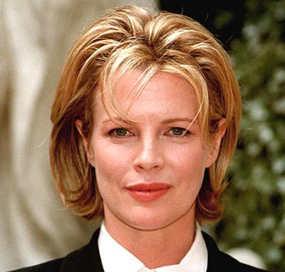 Kim Basinger's Blonde Hair In Short Wavy Mature Hairstyle