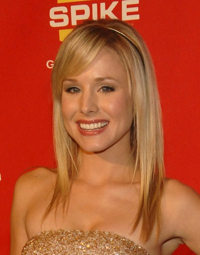 Kristen Bell's Long Blonde Straight Layered Hair With Side Bangs