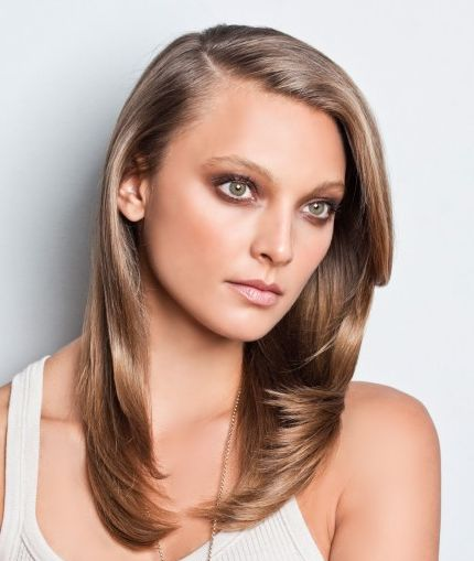 Long Dark Blonde Hair In Sideswept Hairstyle For Fall