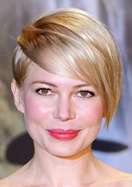Michelle Williams Sporting A Ferocious Short Hairstyle That's Perfect For Round Face Shape