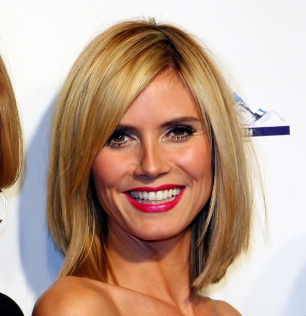 Heidi Klum's Sexy Medium Length Blunt Bob Blonde Hairstyle