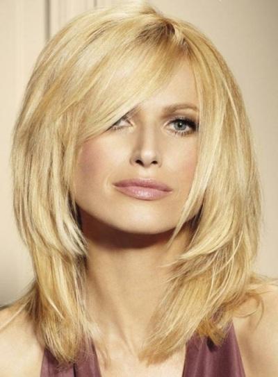 Medium Layered Blonde Hairstyle Casual Everyday Careforhair Co Uk