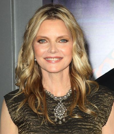 Michelle Pfeiffer's Medium-Length Blonde Hair In Wavy Hairstyle