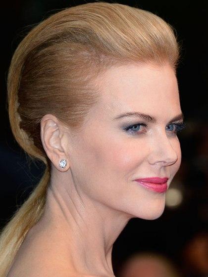 Nicole Kidman Edgy Trendy Blonde Feminine Faux Hawk