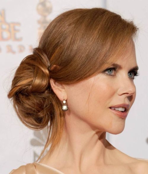 Nicole Kidman's Straight Hair In Elegant Loose Chignon For Prom