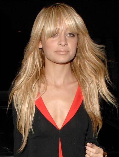 Nicole Richie's Long Hair In Beachy Hairstyle With Full Bangs