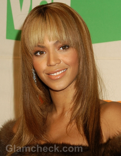 Beyonce Face Framing Blonde Layers Haircut & Bangs