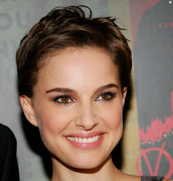 Natalie Portman's Cute Brown Short Haircut
