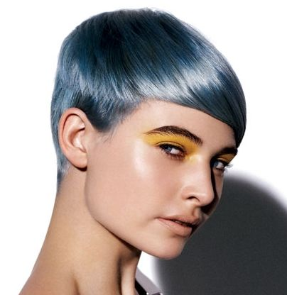 Short Straight Hairstyle With Edgy Silver Hair Color For Winter
